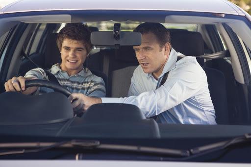 مراحل دریافت گواهینامه رانندگی