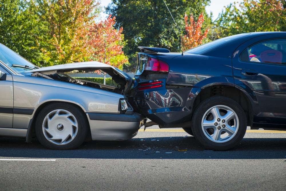 عدم رعایت فاصله طولی- گواهینامه پلاس